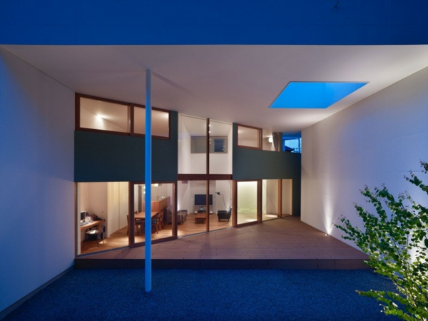 Minimalistisches architekten haus von fujiwarramuro architects for Minimalistisches haus