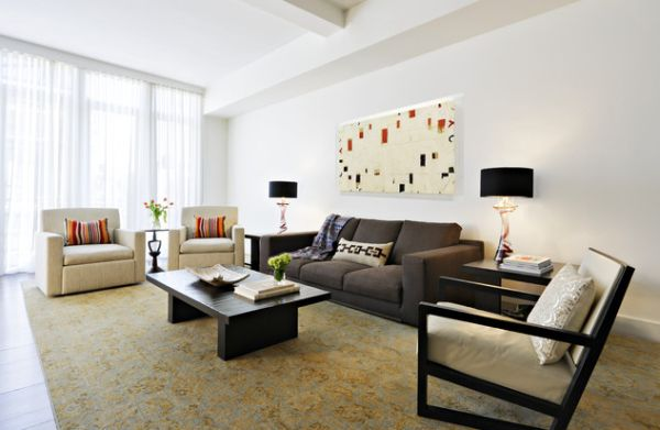 Moderne schwarze lampen schirme in interior design helles wohnzimmer