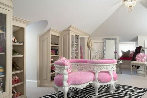 ankleideraum gestalten weiblich rosa sofa läufer zebra muster