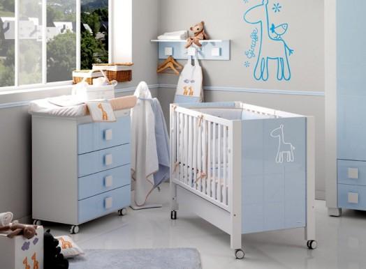 babyzimmer gestalten afrika micuna bett wickelkommode hell blau