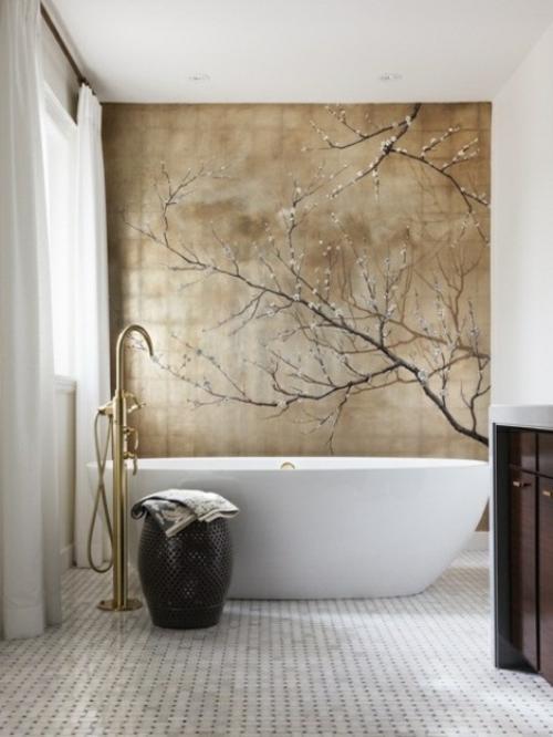 badezimmer design möbel weiblich badewanne beige wandtapete