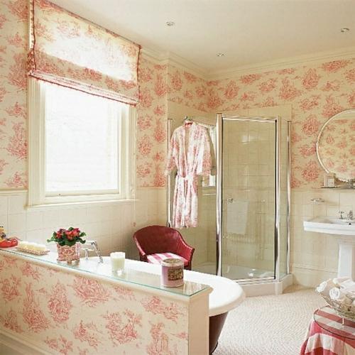 badezimmer design möbel weiblich badewanne rosa muster wandtapete