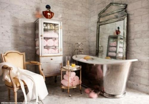 badezimmer design möbel weiblich badewanne rosa silbern