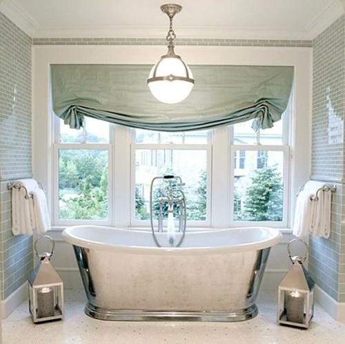badezimmer design möbel weiblich badewanne silbern