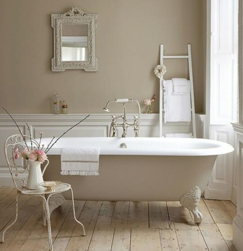 badezimmer möbel weiblich stuhl blumen holzdeck badewanne