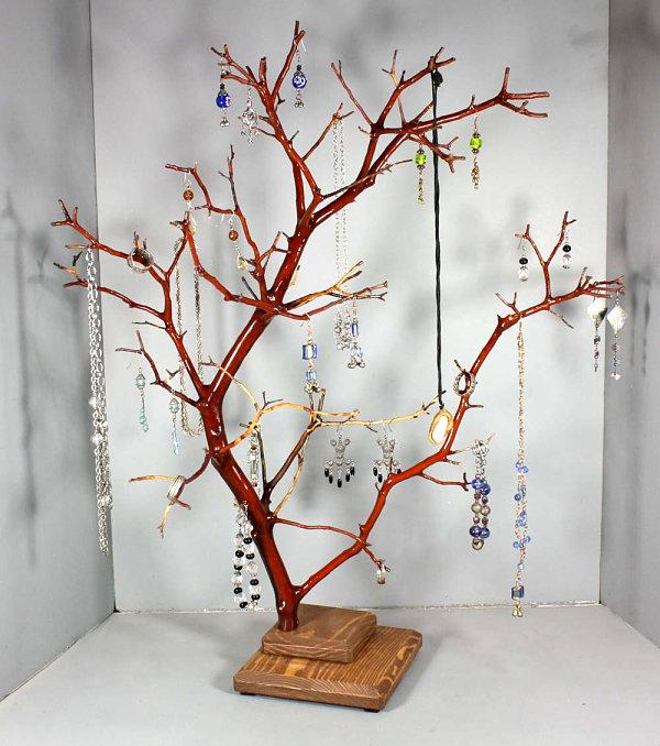 Large Ring Display Tree