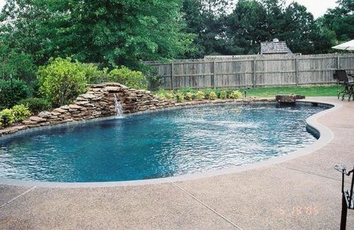 coole wassergarten ideen schwimmbecken groß hinterhof
