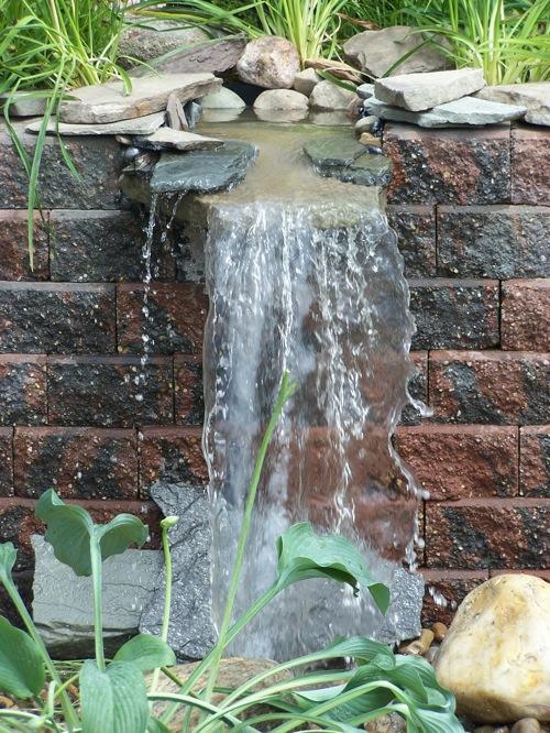 coole wassergarten ideen teich wasserfall landschaft