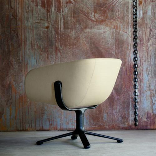 cooles büro stuhl design freistehend beige farben