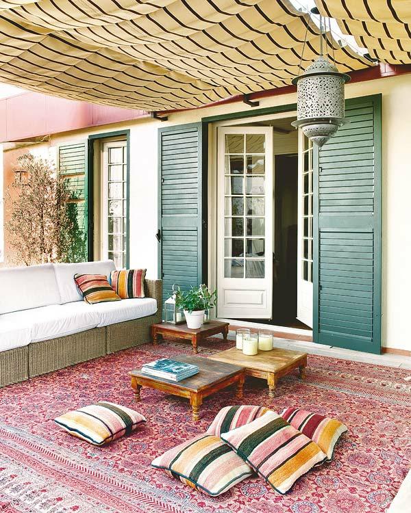 Den balkon einrichten 25 inspirationsbilder f r sie for Kissen orientalischen stil