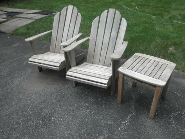 die verschiedenen gartenmöbel reinigen holz tisch stuhl rücklehne