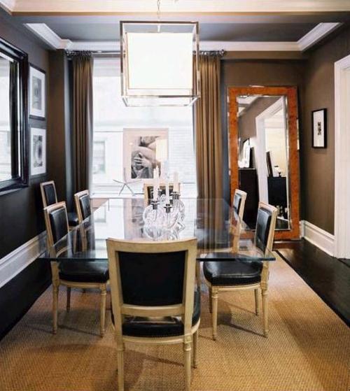 coole esszimmer designs idee wandspiegel glas oberfläche tisch