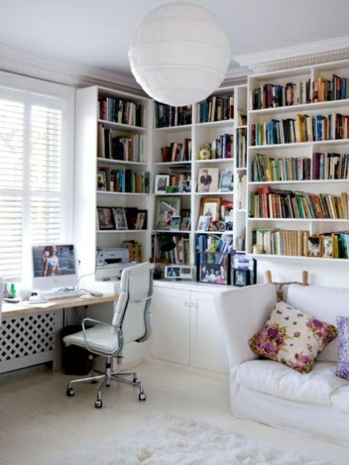 feine home officeideen elegant buch regale weiß sofa