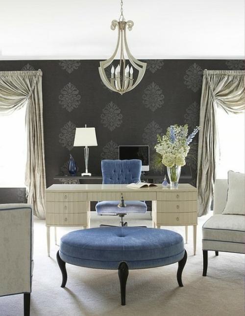 feine home office ideen elegant klassisch blau samt textur