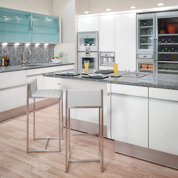 frische coole küchen farben arbeitsplatte holz hell beleuchtung