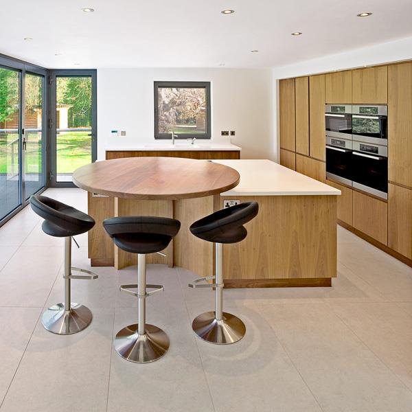 frische coole k chen farben zarte helle farben in der k che. Black Bedroom Furniture Sets. Home Design Ideas