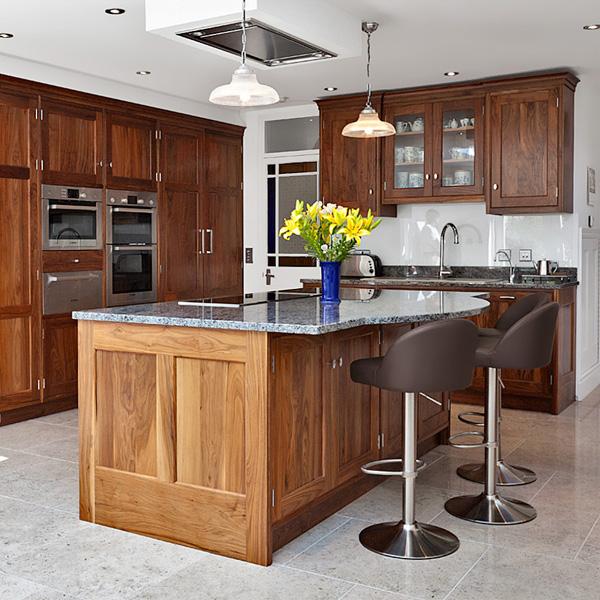 frische coole küchen farben arbeitsplatte klassisch massiv holz