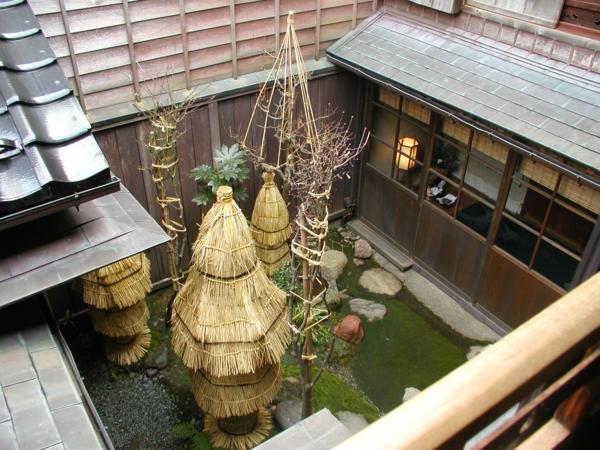 gartengestaltung mit steinen japanischer garten innenhof