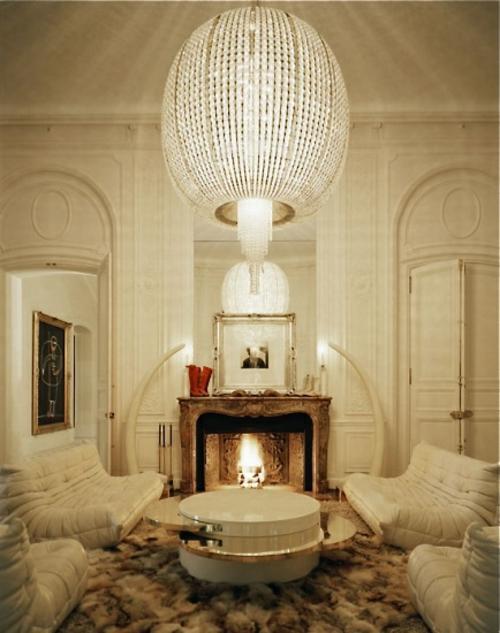 glaskugel deko ideen wohnzimmer weiß klassisch einbaukamin