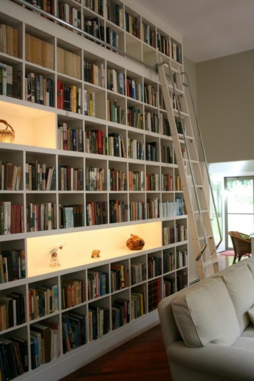haus bibliothek anordnung bücher regale eingebaut