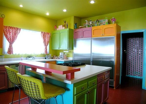 Helle Farben im Interior Design kombinieren - grell oder ergänzend