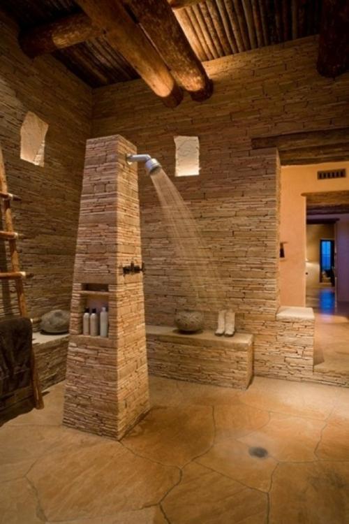 Entzuckend Interessantes Badezimmer Design   Alles Im Bad Aus Rauem Stein, Wohnzimmer  Design