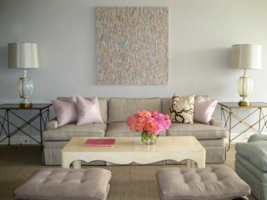 interior design home ideen femenin wohnzimmer pastelfarben rosa weiß