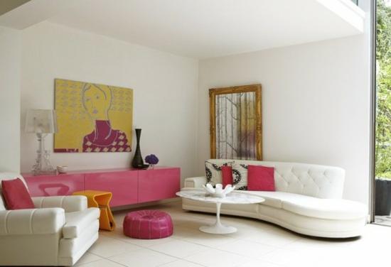 interior design ideen weiblich wohnzimmer hell pink sofa weiß