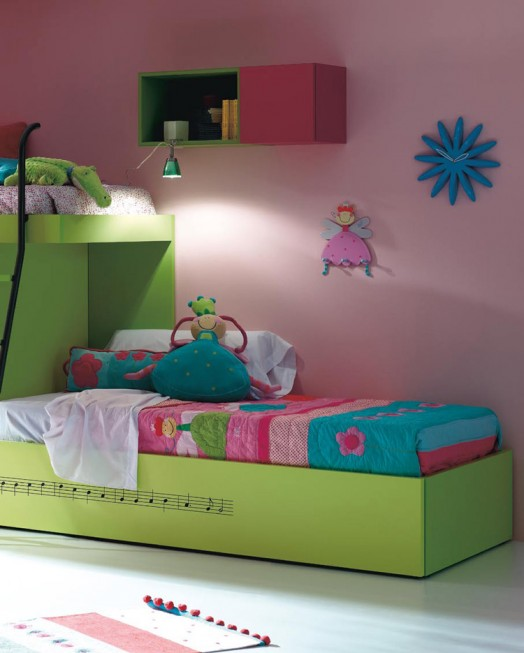Kinderzimmer Ausstattung Möbel Kibuc Bett Mädchen Grün Rosa