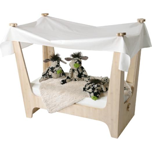 kinderzimmer babyzimmer gestalten kinderbett möbel kuscheltier