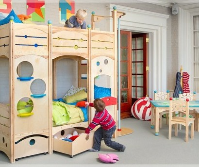 kinder spielbett perfect herrlich spielbett kinder. Black Bedroom Furniture Sets. Home Design Ideas