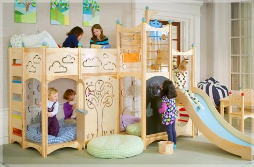 Spielbett Mädchen kinderzimmer gestalten coole spielbetten für kleinkinder aus naturholz
