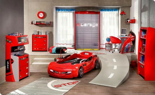 kinderzimmer gestalten 20 kinderbetten f r jungs wie autos geformt. Black Bedroom Furniture Sets. Home Design Ideas