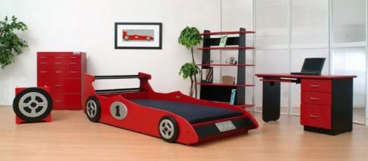 kinderzimmer gestalten junge bett auto formel 1 rot wagen - Kinderzimmer Junge Auto