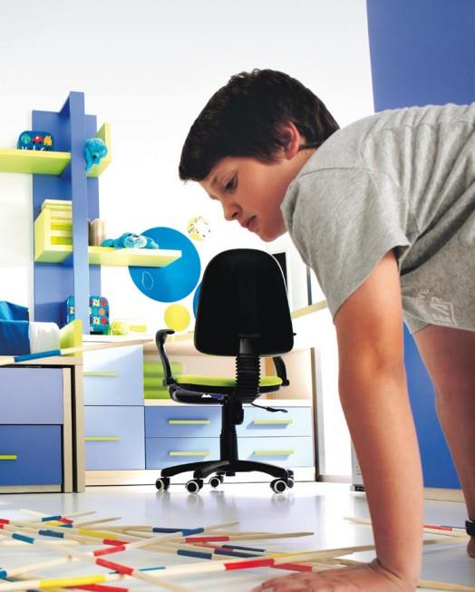 kinderzimmer möbel kibuc junge zimmer blau stuhl