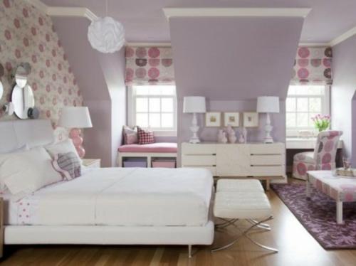 Lila Schlafzimmer Design Interessant Bequem Bett Kommode