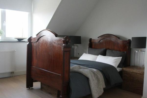 extravagantes haus design schlafzimmer dachgeschoss braun