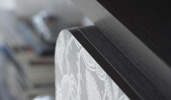 cooles designer regal system aus holz schwarz lackiert