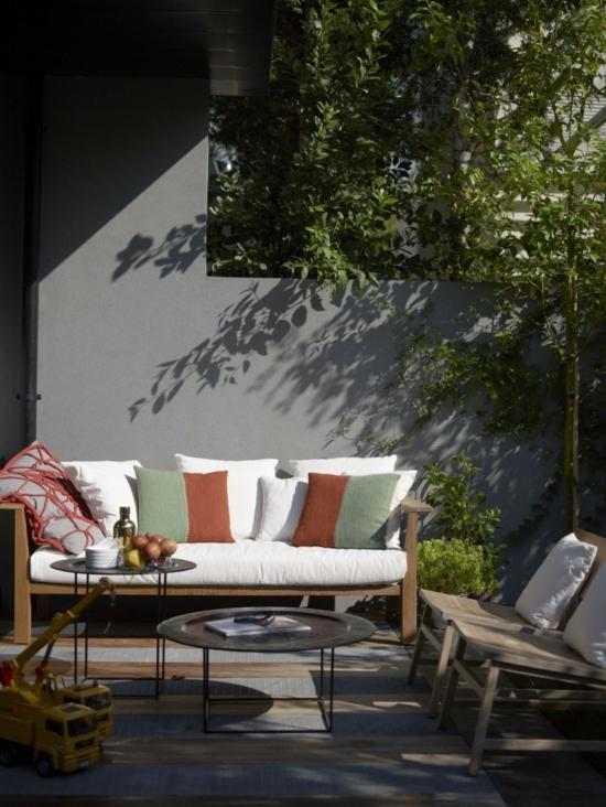 modernes, rustikales Hinterhof Design bank weiß auflage