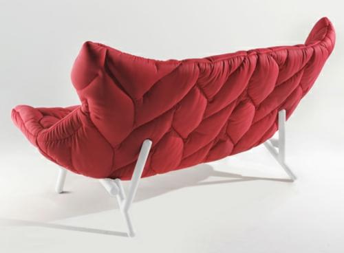 Rotes gepolstertes Sofa rot designer lösung bequem weiß beine