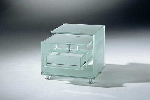 transparente designer möbel aus glas mattiert beistelltisch