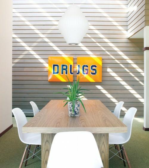 vintage zeichen im interior verwenden esszimmer modern acryl möbel