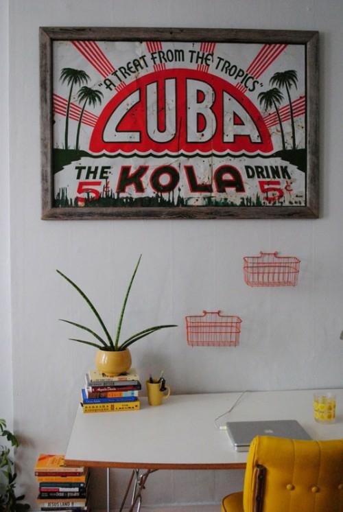 vintage zeichen im interior verwenden schreibtisch wand