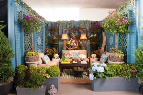wohnbereich im garten gestalten herrliche sitzecken im. Black Bedroom Furniture Sets. Home Design Ideas