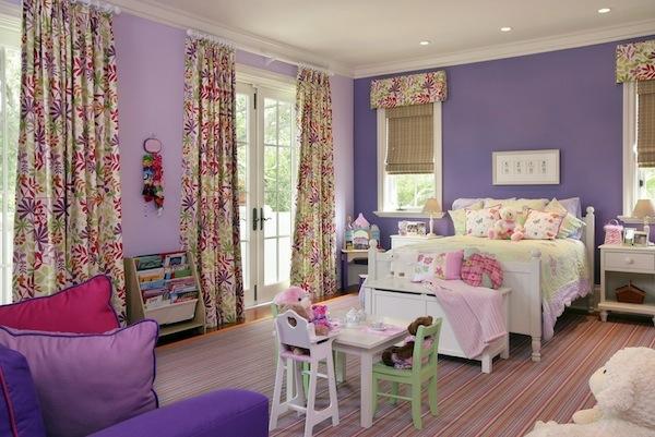 Farbige Tapeten Entfernen : Das Kinderzimmer Interior mit leuchtenden Farben erfrischen lila