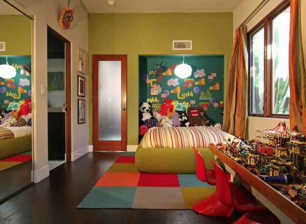 Farbige Tapeten Entfernen : Das Kinderzimmer Interior mit leuchtenden Farben erfrischen streifen