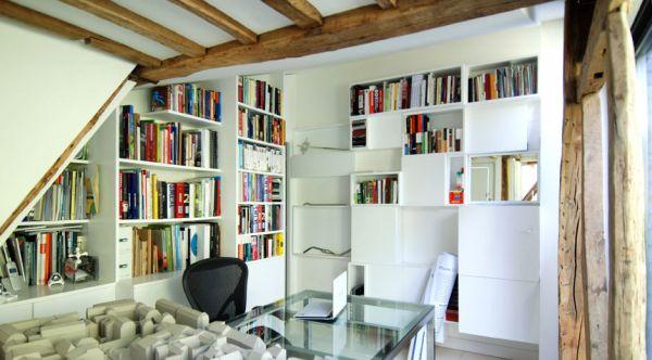 Renovierte Maisonette Wohnung Herzen Paris bücherregale