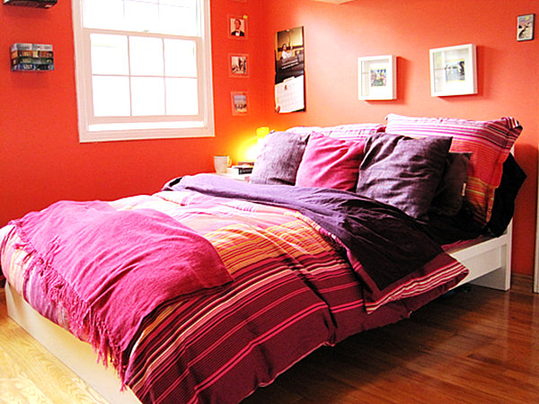 wand farben im schlafzimmer die ins auge springen. Black Bedroom Furniture Sets. Home Design Ideas