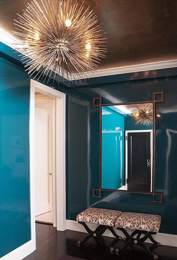 blaue farbpalette im lebhaften interior design attraktive beleuchtung