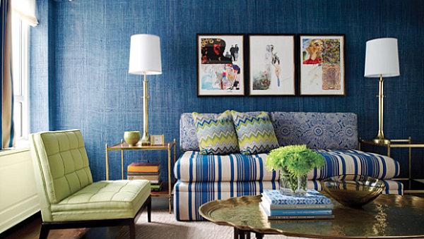 blaue farbpalette im lebhaften interior  grün sofa streifen bilder